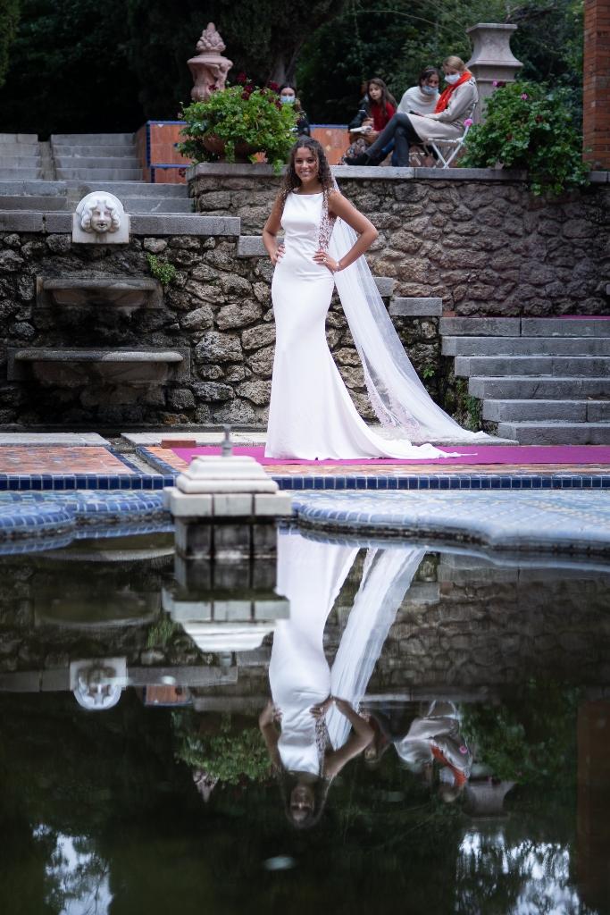 blanc-poudré-défilé-de-robes-de-mariée-photographe-béziers-17