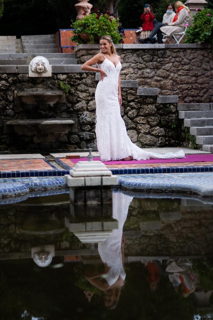 blanc-poudré-défilé-de-robes-de-mariée-photographe-béziers-21